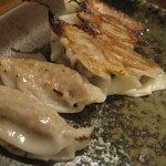 ハルコロ - 鹿肉餃子 11.05.22.