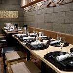 天ぷらと日本酒 明日源 - 二周年祭のセッティング
