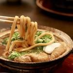 山本屋本店 - 麺リフト