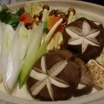 神楽坂 和らく - 豪華な鍋