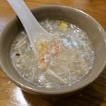 中国郷土料理 錦里 - 蟹肉入りフカヒレスープ