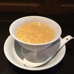 雅苑 - 付いてるスープは玉子とコーンのトロトロスープ