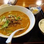 香蘭楼 - 坦々麺セット