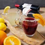 LOCHE MARKET STORE  - ドリンク写真:冬季限定のホットワインやホットレモネードで温まりましょう!