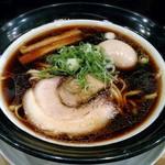 金久右衛門  - 【大阪ブラック + 煮玉子】¥720 + ¥100