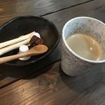 cafe & dining ぼたん - ランチにセットのコーヒー
