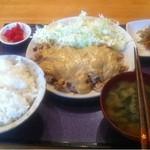 7949530 - 「豚肉定食with大量マヨソース」 600円