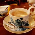 79492867 - しっかりコクのある濃厚なカフェ・オ・レはとても美味しい^ ^                       カップも素敵♡