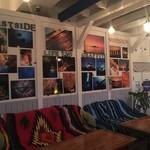 DivingShop&Cafe Gillman - ダイビングショップならではの、海の写真がたくさん飾られてます♪