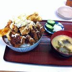 7950796 - アゲアゲ丼(900円)(2011.4)