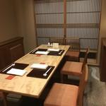 日本料理 とくを - テーブルの個室は3〜6名様までご利用できます!