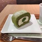 ナナズ グリーン ティー - 抹茶ロールケーキ