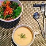 Restaurant MATIERE - ランチサラダ、スープ