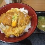 ごはん処 かつ庵 - 料理写真:かつ丼120g+ご飯大盛り(690円+税)