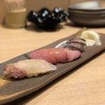 喜分屋 元祐 小皿料理と松阪牛 - 握り三貫(真鯛、ブリ、〆鯖)
