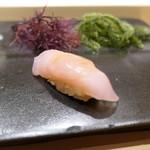 不動前 すし 岩澤 - 料理写真:金目鯛昆布締め