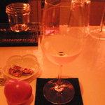 BAR SAKAI - 白ワイン(トスカーナ地方のもの~)もいただきましたえ♪