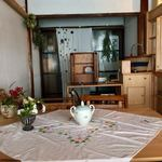 シュガーコート - 大きなテーブルが一つ