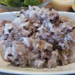 79514113 - 御飯は選べたんで雑穀米にしてもらいました。