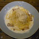 ビオディナミ - 厚切りベーコンのカルボナーラ