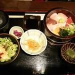 海鮮 銘酒 ななつぼし - 海鮮丼