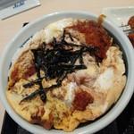 松のや - 料理写真:厚切りロースかつ丼680円