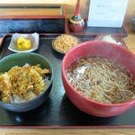 そば処 七福神小路 - 料理写真:かけ・小天丼セット(910円)