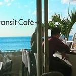 トランジット・カフェ - 外人さんも多く、異国情緒な雰囲気満載