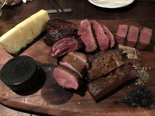 ニック - NIQ特製盛り合わせ肉で熟成牛プラスしたから4300円くらいかな