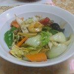 東方美食 - 中華丼 680円