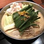 もつ吉 - 京風もつ鍋