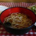 味利 - 素麺、生海苔、ねぎのすまし汁アップ