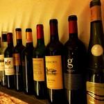エルカンティーナ - 様々な各種ワインご用意ございます。