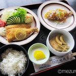 姫鶴荘 - あまごミックス定食(1,100円)