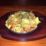 楽笑 - 料理写真:飛騨牛切り落とし野菜炒め