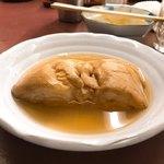 黒百合 - 車麩、なんだが、昔のどんどん焼きのパンかつが水没したみたいな風。味はよろしい。