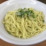 極楽汁麺 らすた - 替玉の極細麺