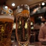 Hamburg Will - シャンパン