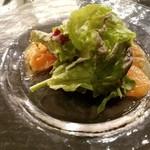 Trattoria La Padella - 前菜1 ノルウェーサーモンのおろし生姜ソース