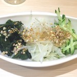 四谷 政吉 - そばの実サラダ250円