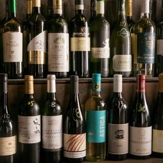 グラスワイン20種類以上を全て1杯500円で飲めます!