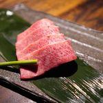 まる良炭火焼肉 - 松坂牛 極上大トロ 1人前 2000円