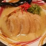 福ちゃんラーメン - 料理写真:白湯チャーシューメンです。
