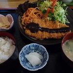 お食事処はにわ - 料理写真:日替定食:750円 (当日は、とんかつ定食でした。)
