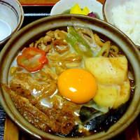 福島 やまがそば - みそ鍋定食 880円 八丁味噌を使用。名古屋風のやや濃い目の味付け。