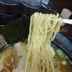 長田屋 - 麺リフト