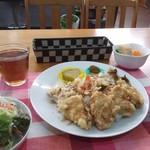 79568994 - 野菜鶏天の天丼風プレート