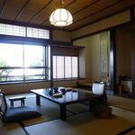 萩の宿 常茂恵 - 客室 二間続きの和室 10帖+4.5帖
