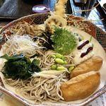 味奈登庵 - 蕎麦のアップ