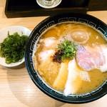 中村麺三郎商店 - 特製白湯らぁ麺(980円)+大盛1.5玉=180g(100円)+九条ねぎ(120円)=1200円